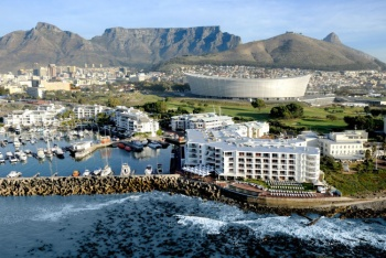 Radisson Blu Hotel Waterfront - Near V&A Waterfront (2 Nights)