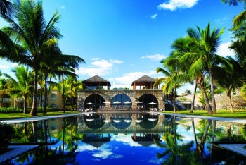 5* Outrigger Mauritius Beach Resort - 7 Nights