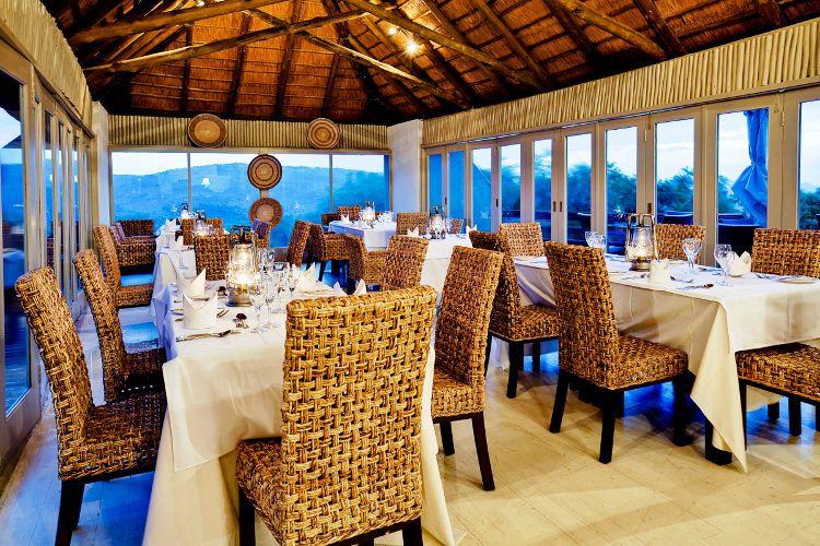 Bongani Mountain Lodge - dinning room