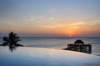 5* Sea Cliff Resort & Spa - Zanzibar 7 Nights