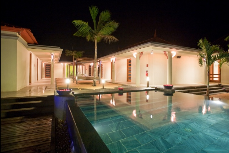 Tamassa Mauritius Night