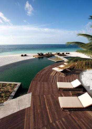 Constance Moofushi Resort holiday package