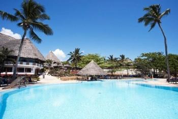 Karafuu Beach Resort & Spa *Costsavers* holiday package