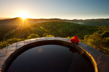 4* Leopard Mountain Game Lodge - Near Hluhluwe (2 Nights)