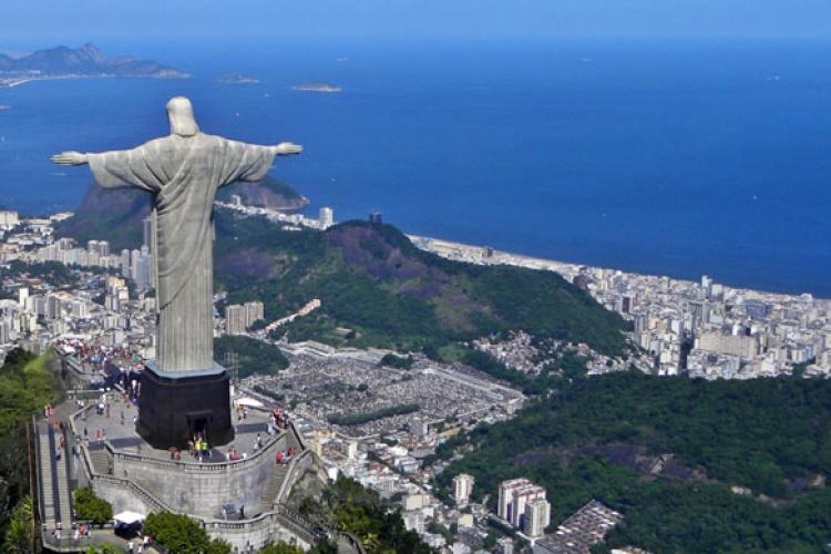 Christ_on_Corcovado_mountain_Rio_de_Janeiro_Brazil - Windsor Excelsior