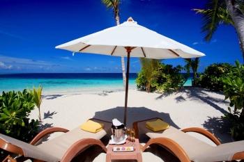 4* Centara Ras Rushi Resort & Spa - Maldives 7 Nights
