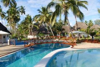 3* Uroa Bay Beach Resort - Zanzibar 7 Nights