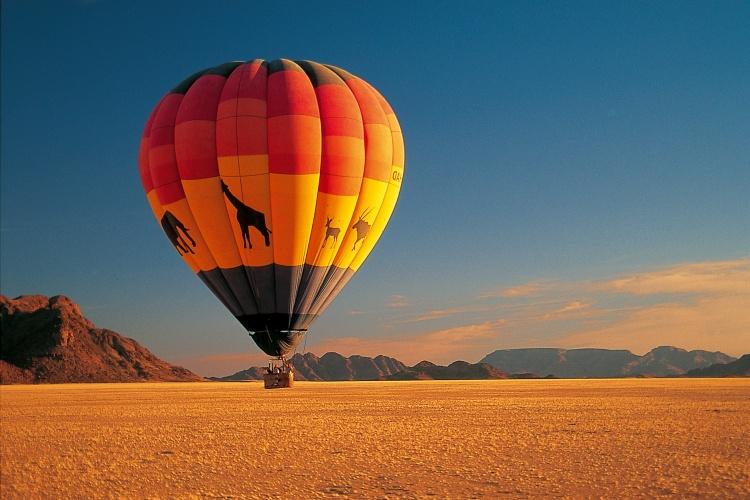 Namibia - Hot Air Balooning