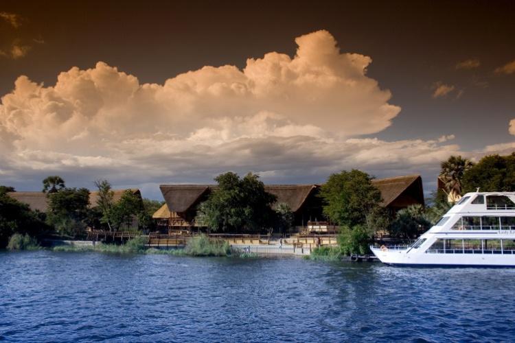The David Livingstone Safari Lodge - Exterior