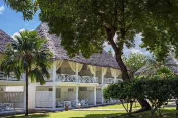 Sandies Tropical Village holiday package