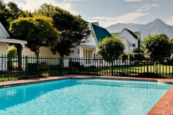 Protea Hotel by Marriott King George holiday package