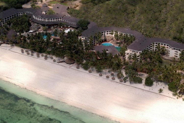 Diani_reef_beach_resort_hotel_spa_001