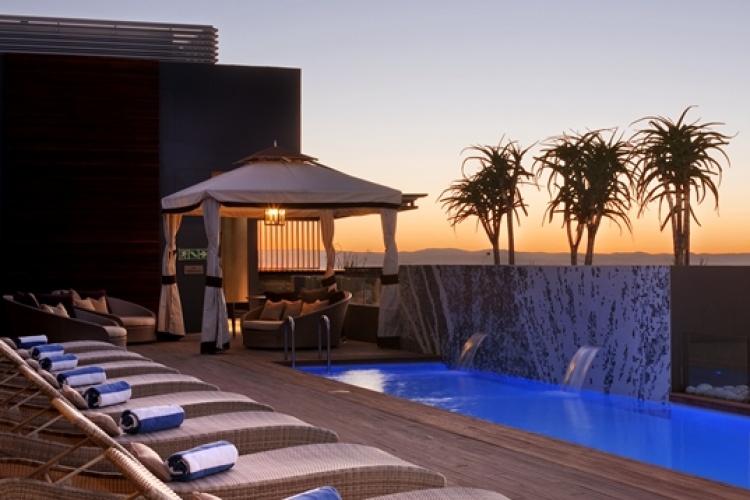 Hilton Windhoek Hotel Outdoor Pool