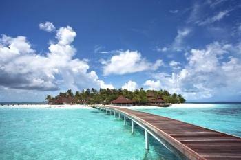 Diamonds Thudufushi Beach & Water Villas holiday package