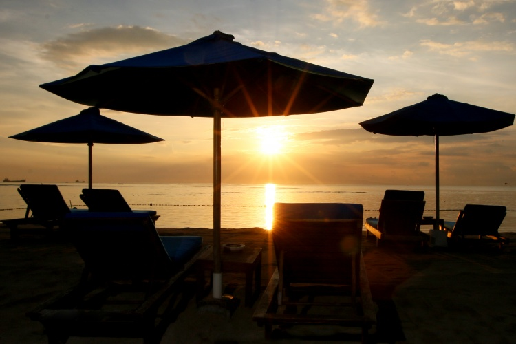 Grand Aston Bali - Sunrise at the beach