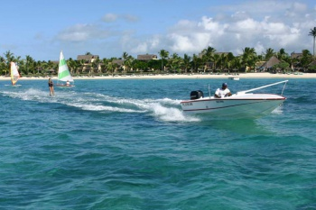 Constance Belle Mare Plage holiday package