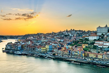 4* Golden Tulip Porto Gaia Hotel & Spa - February Frenzy (5 Nights)