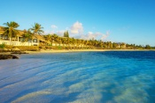 (Easter) 4* Solana Beach Resort & Spa (Adults Only) - Mauritius - 7 Nights