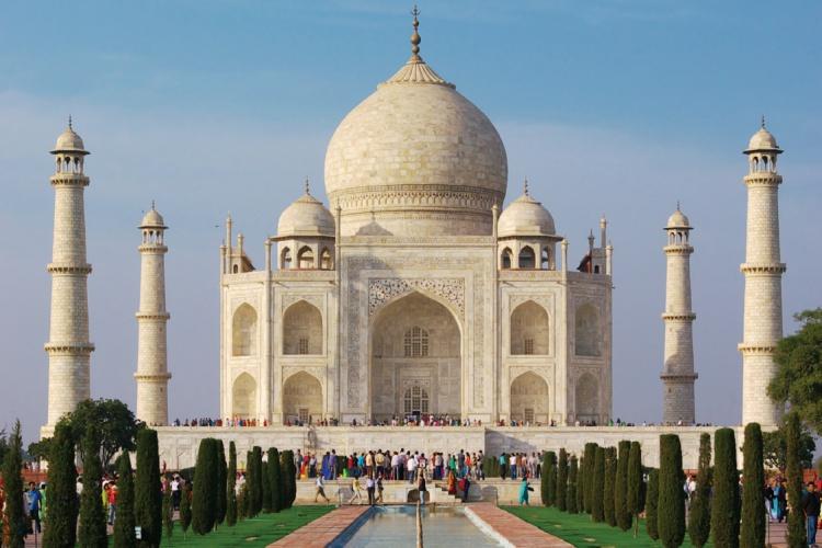 Taj Mahal - Wendy Wu Tours