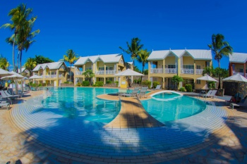 Seaview Calodyne Lifestyle Resort *CostSavers* holiday package