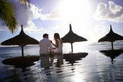 (Honeymoon Offer) 3* Recif Attitude (Adult Only) - Mauritius - 7 Nights**