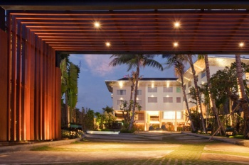 4* Fontana Hotel - Bali Package (7 nights)