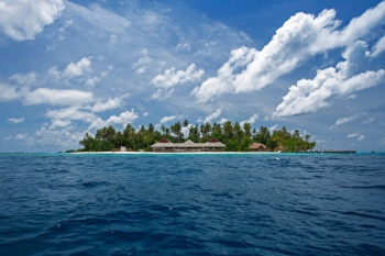 (Fullboard Offer) 4* Malahini Kuda Bandos - Maldives 7 Nights