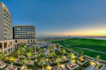 Crowne Plaza Abu Dhabi Yas Island holiday package