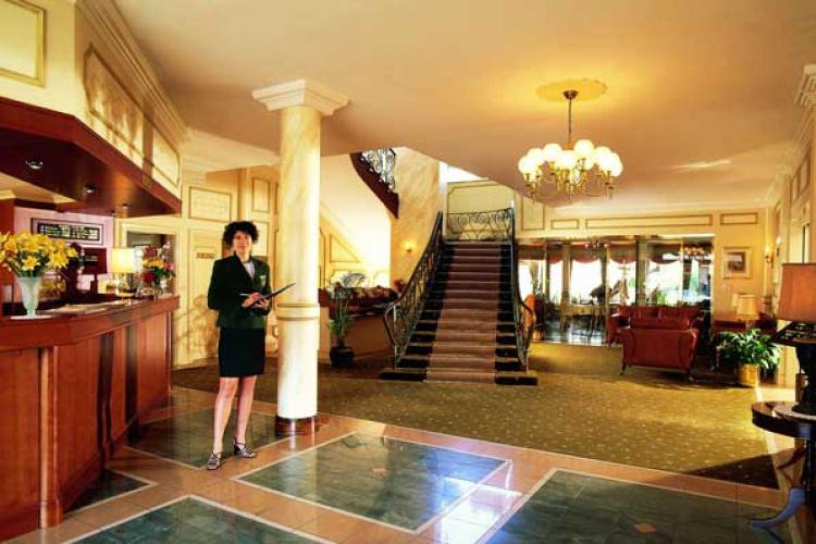 Hansa Hotel Reception