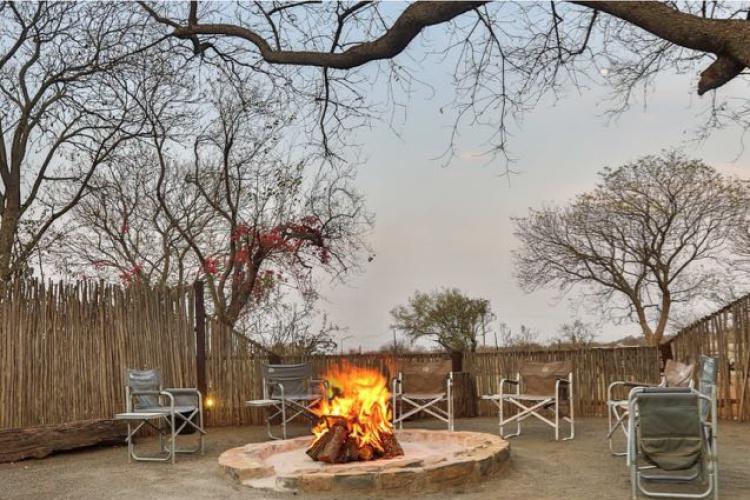Cheetah Ridge Lodge - Fire Place