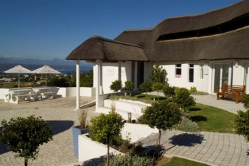 Whalesong Hotel & Spa.. holiday package