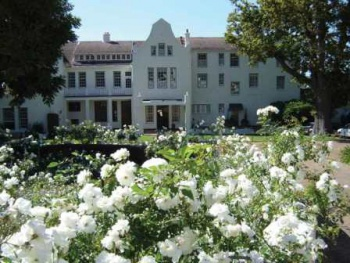 The Cellars-Hohenhort Hotel & Spa