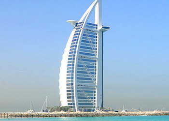 5* Fairmont Hotel Dubai - Dubai (4 Nights)