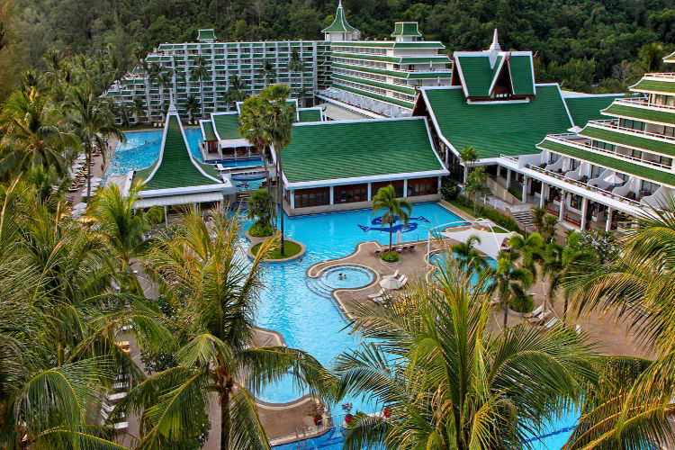 Le Meridien Phuket Beach Resort | Thompsons Holidays