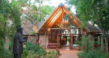 4* Kedar Heritage Lodge - African Escape Spa package- Near Sun City (1 Night)