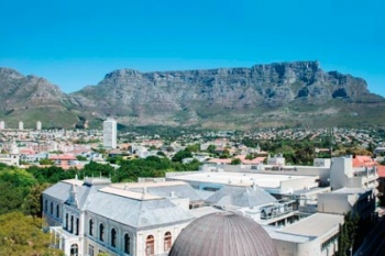 4* Cape Town Hollow Boutique Hotel - Cape Town (2 Nights)