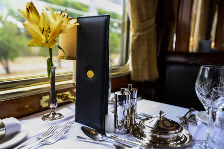The Blue Train - Fine Dining Service