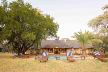 4* Mziki Safari Lodge - Mziki Private Game Reserve (2 Nights)