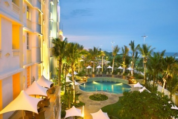 4* Suncoast Towers & Sunsquare Hotel - Golden Mile (2 Nights)