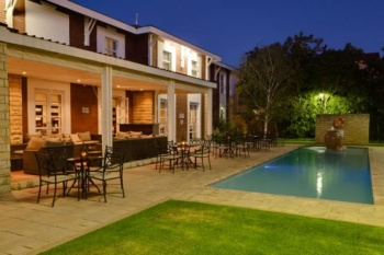 4* Protea Hotel by Marriott Bloemfontein Willow Lake (2 Nights)