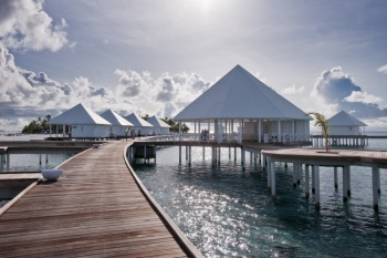 5* Diamonds Thudufushi Maldives - Honeymoon Offer (6 Nights)