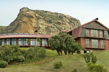3* Golden Gate Hotel - Free State (2 Nights)