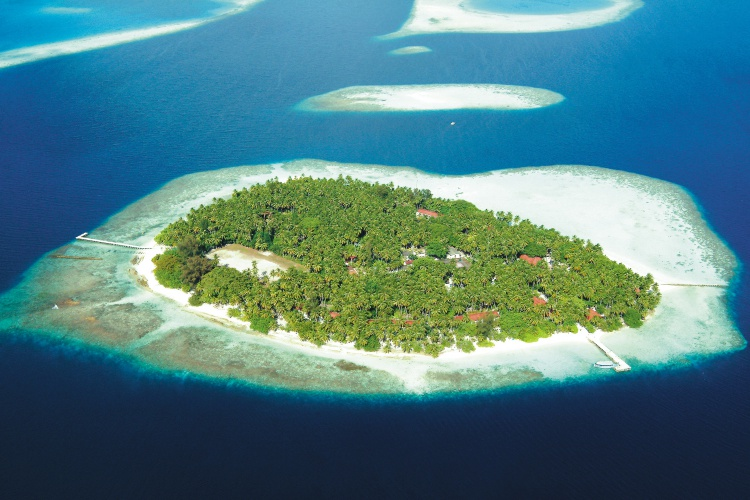 3* Biyadhoo Island Resort - Maldives Package (7 nights)