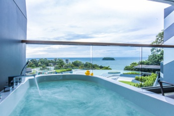 4* PLUS The SIS Kata Resort - Phuket (7 Nights)