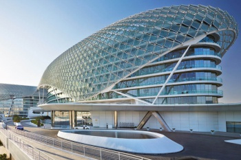 Yas Viceroy Abu Dhabi holiday package