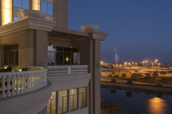 Sheraton Dubai Mall Of The Emirates holiday package