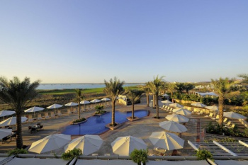 3* Park Inn by Radisson Abu Dhabi Yas Island (5 Nights)