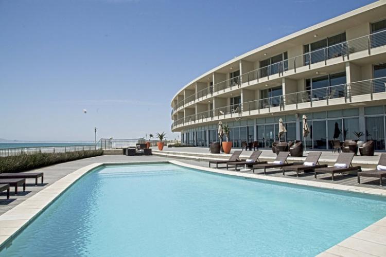 Lagoon Beach Hotel Pool