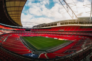 The FA Community Shield - Manchester City vs Liverpool at Wembley (4 Nights)