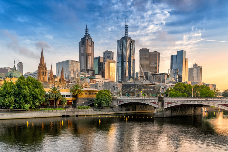 Melbourne and Sydney City Package (7 Nights)
